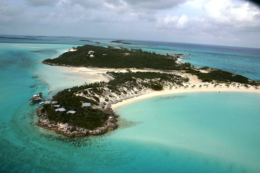 private islands for sale - saddle back cay