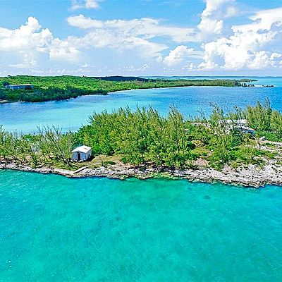 Private Islands for sale - Saddle Back Cay - Bahamas - Caribbean