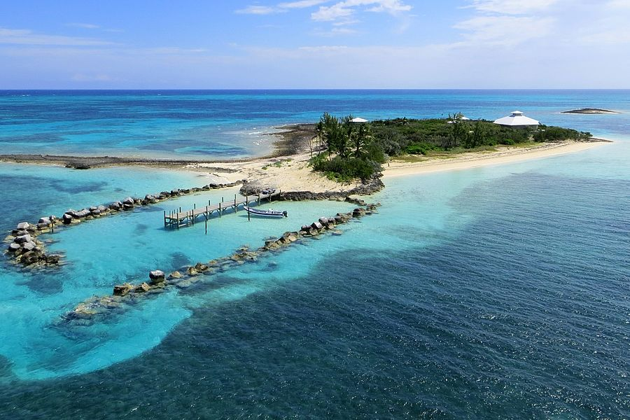 Private islands for sale johnny s cay bahamas caribbean for Bahamas private island for sale
