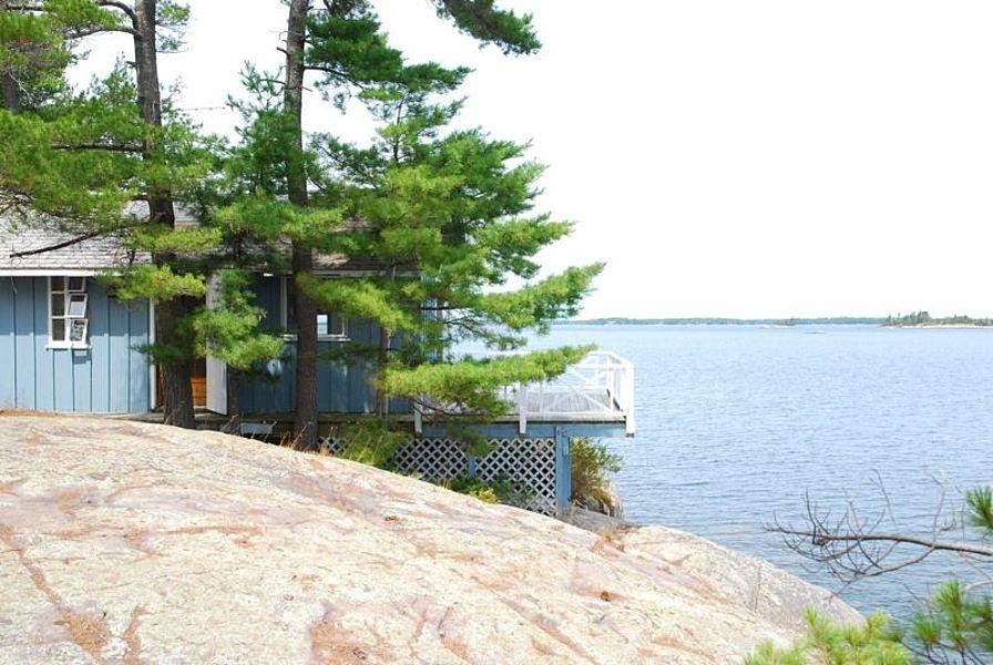 Island Archive - Honey Harbour Island - Ontario