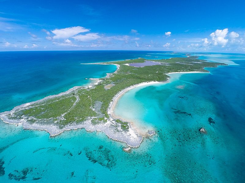 Private islands for sale halls pond cay bahamas for Bahamas private island for sale