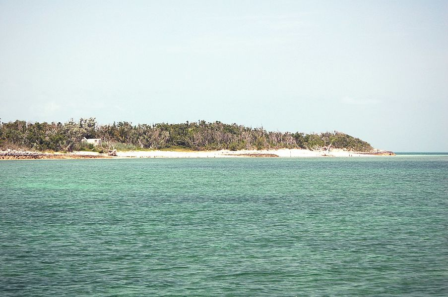 Private islands for sale prince cay bahamas caribbean for Bahamas private island for sale