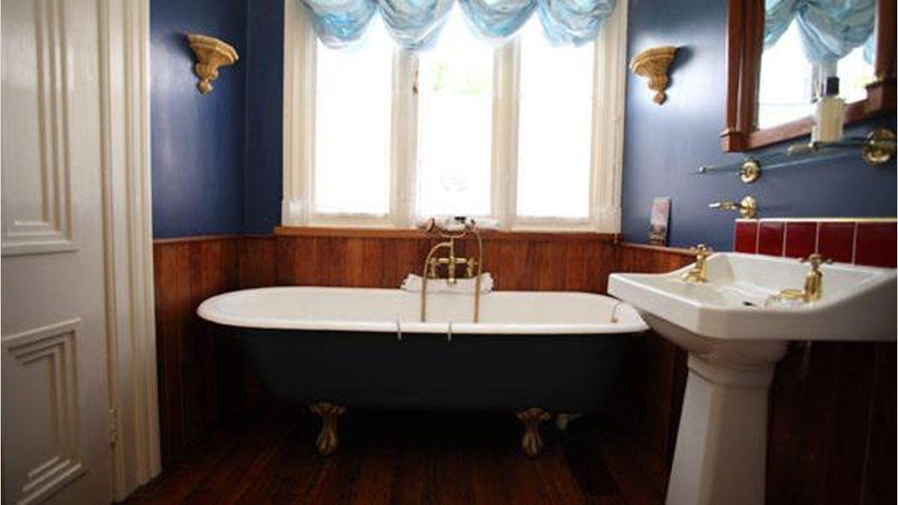 Bathroom suites warwick - Warwick House