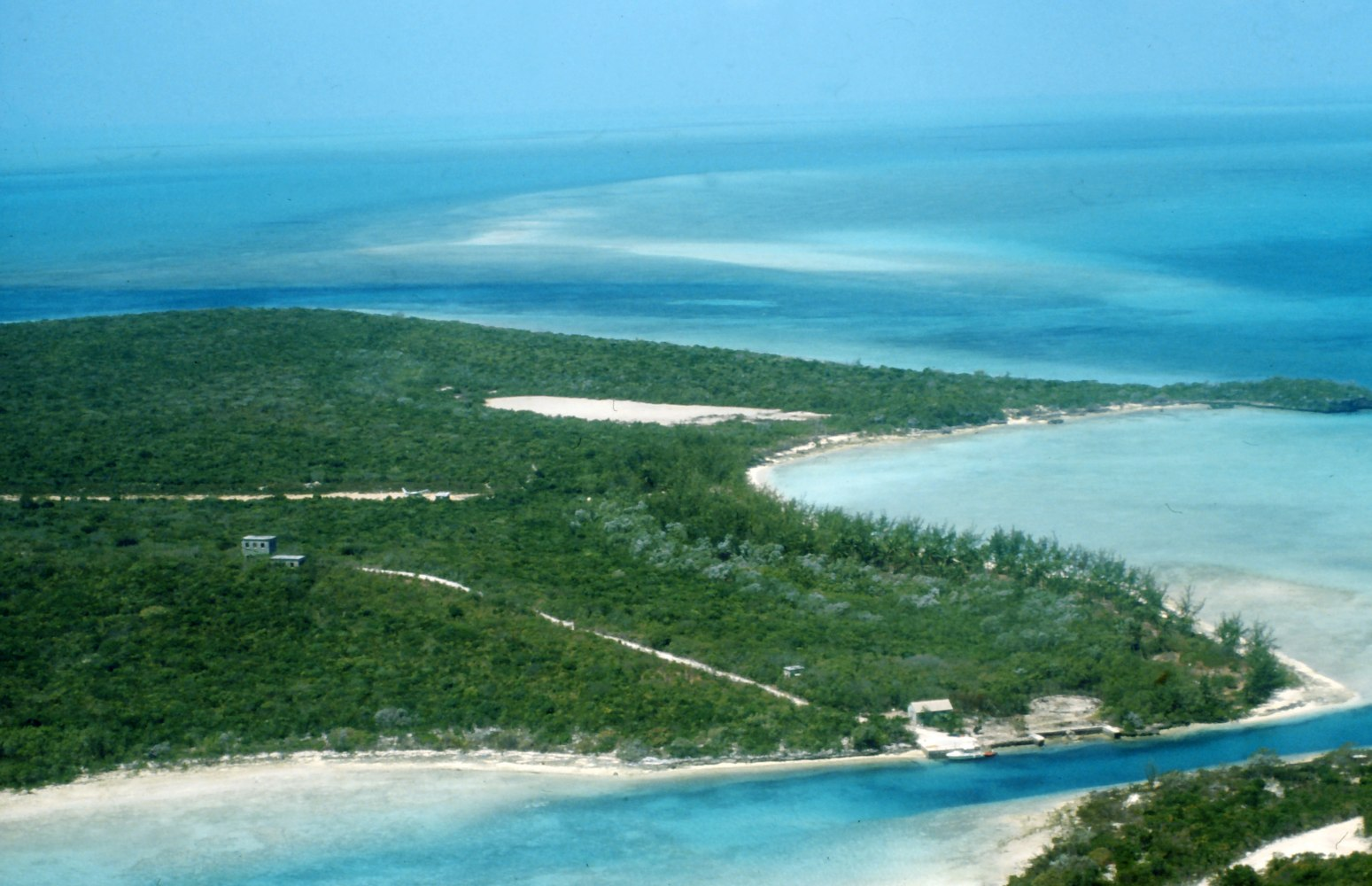 Private islands for sale big darby island bahamas for Bahamas private island for sale