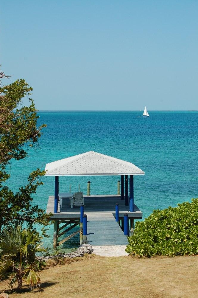 private islands for sale villa avalon on scotland cay bahamas caribbean. Black Bedroom Furniture Sets. Home Design Ideas