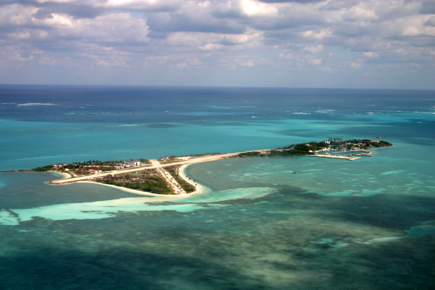 Private islands for sale walker 39 s cay bahamas caribbean for Bahamas private island for sale