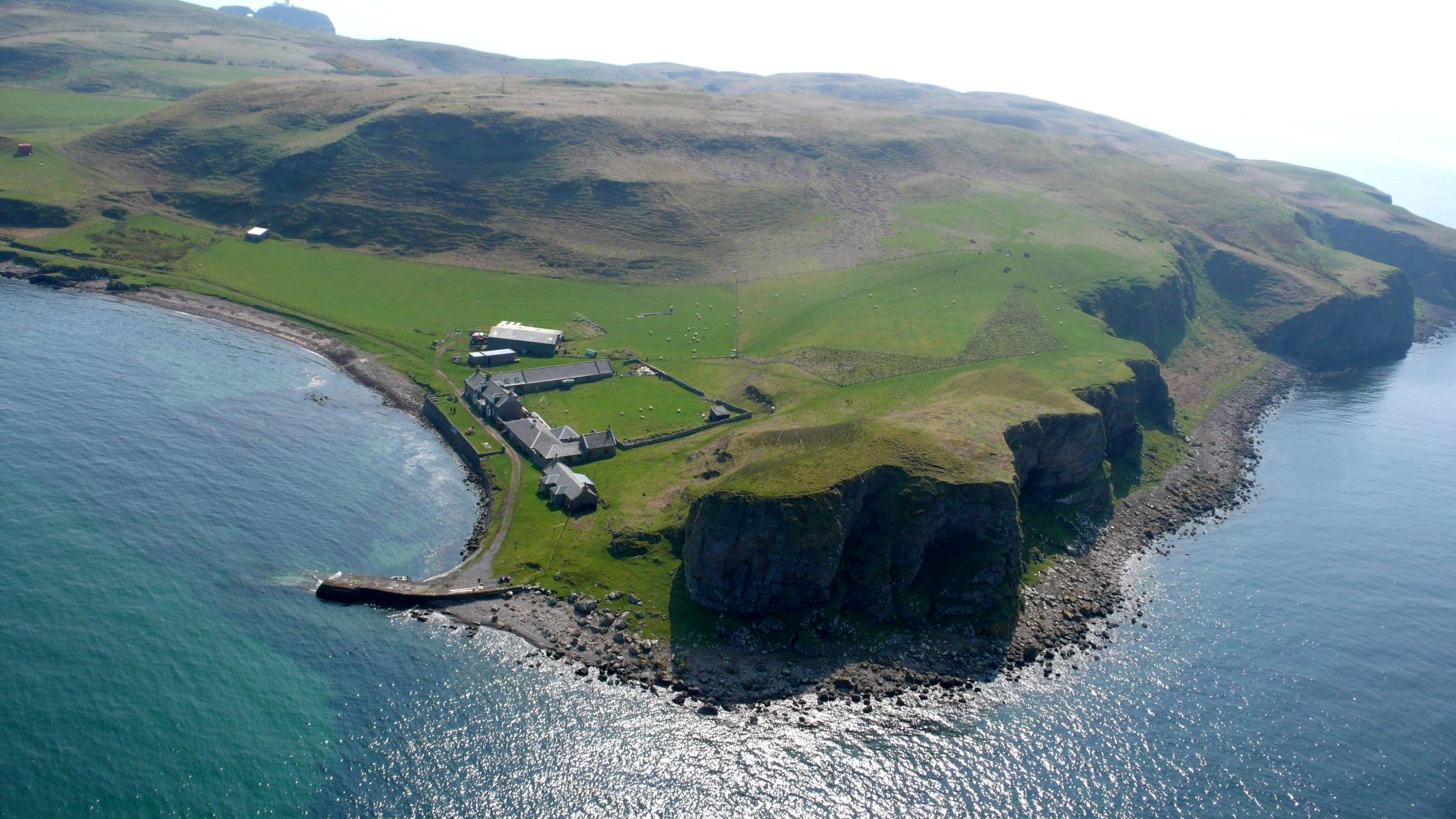 Best Buy Private Auction >> Private Islands for rent - Sanda Island - Great Britain ...