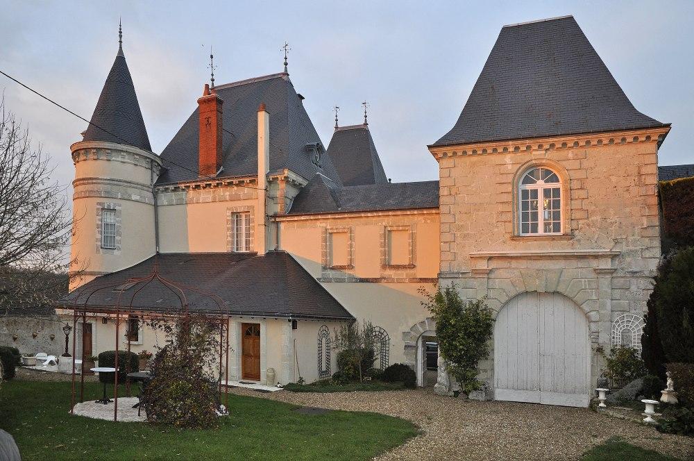 Private Islands for sale - Chateau du Breuil - France