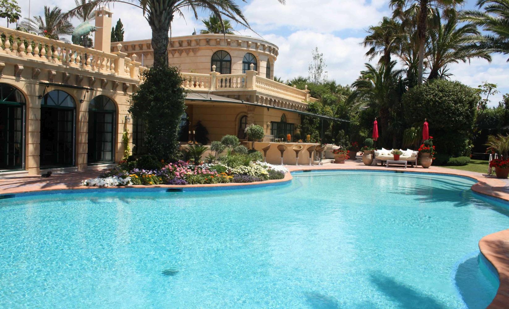 Private Islands for rent - Exclusive Villa in Marbella ...