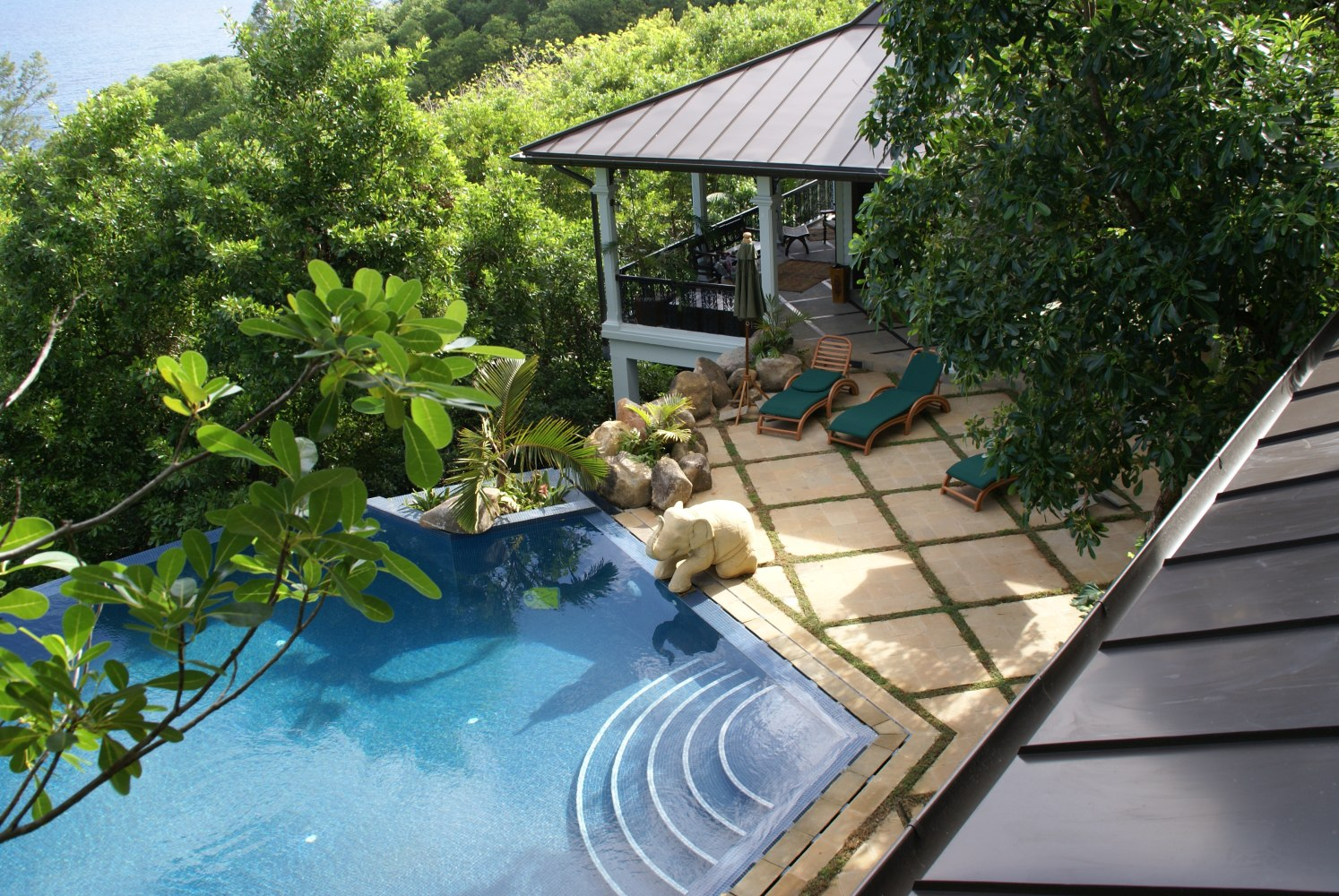 Private islands for rent exclusive villa on mah island for Villa de jardin mahe seychelles