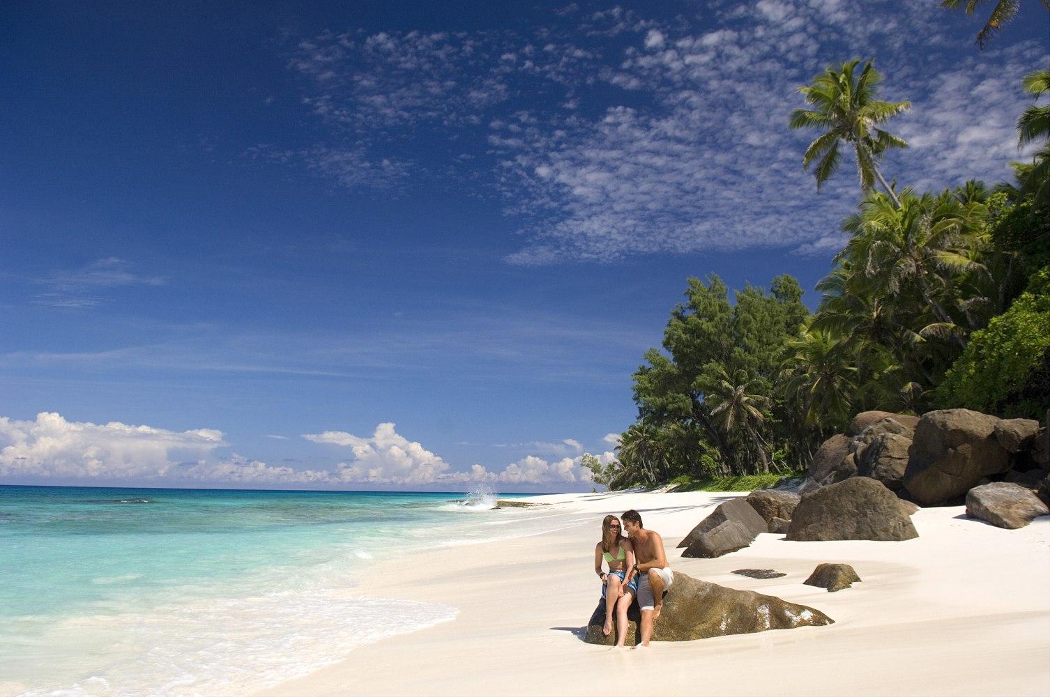 private islands for rent north island seychelles indian ocean africa. Black Bedroom Furniture Sets. Home Design Ideas