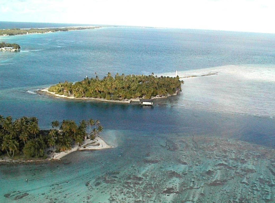 Private islands for sale half of motu fara french for French polynesia islands for sale